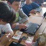 Tobias und Marc beim Programmieren